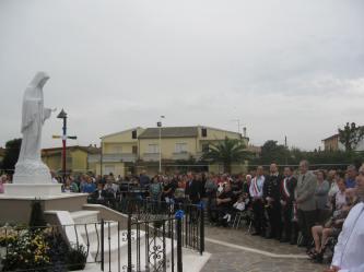 San Nicolò d'Arcidano: fedeli e autorità civili – Foto di Sardegna Terra di Pace – Tutti i diritti riservati