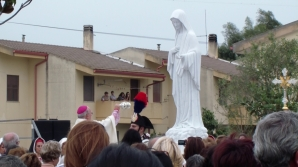 San Nicolò d'Arcidano: incensazione 2 – Foto di Sardegna Terra di Pace – Tutti i diritti riservati