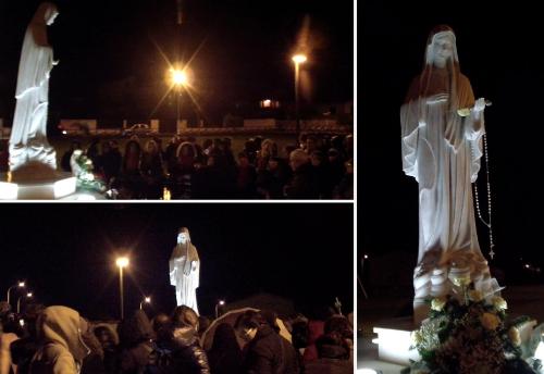 Preghiera e omaggio floreale alla Regina della Pace - Foto di Sardegna Terra di Pace - Tutti i diritti riservati