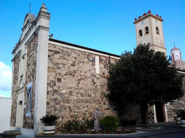 Galtellì: Santuario del S.mo Crocifisso - Foto di Sardegna Terra di Pace - Tutti i diritti riservati