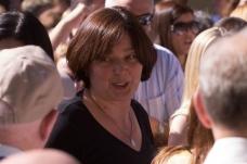 Medjugorje: Ivanka tra i fedeli – Foto di Bernard Gallagher – Tutti i diritti riservati