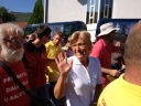 Apparizione 2 Agosto 2013: Mirjana saluta i pellegrini (3) – Foto di Gospodine – Tutti i diritti riservati