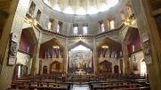 Interno della Basilica (superiore) di Nazaret - Foto di Tango7174 - CC BY-SA 3.0, 2.5, 2.0, 1.0