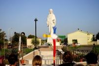 San Nicolò d'Arcidano: statua della Regina della Pace (1) – Foto di Sardegna Terra di Pace – Tutti i diritti riservati