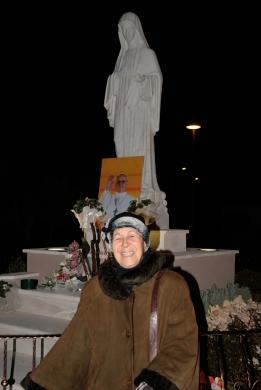 San Nicolò d'Arcidano: Virginia Moi e la Regina della Pace – Foto di Sardegna Terra di Pace – Tutti i diritti riservati