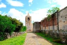 Galtellì: veduta del campanile della Cattedrale di San Pitro - Foto di Sardegna Terra di Pace - Tutti i diritti riservati