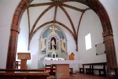 Gonare: altare del santuario (1) - Foto di Sardegna Terra di Pace - Tutti i diritti riservati
