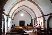 Gonare: ingresso pricipale del santuario visto dall'interno - Foto di Sardegna Terra di Pace - Tutti i diritti riservati