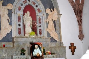 Gonare: statua di Nostra Signora e immagine di Gonario - Foto di Sardegna Terra di Pace - Tutti i diritti riservati