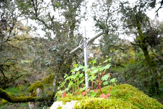Gonare: stazione della Via Crucis lungo il sentiero per il Santuario - Foto di Sardegna Terra di Pace - Tutti i diritti riservati