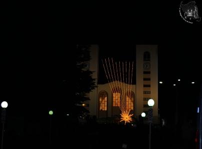 Medjugorje: veduta notturna della Chiesa – Foto di Sardegna Terra di Pace – Tutti i diritti riservati