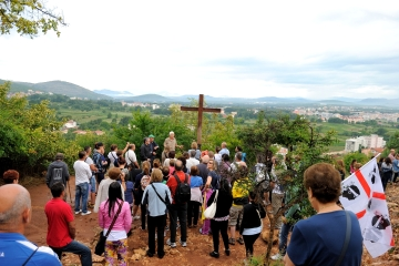 Medjugorje: croce dell'apparizione del 26 Giugno 1981 - Foto di Sardegna Terra di Pace - Tutti i diritti riservati