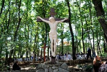 Medjugorje: crocefisso presso la Comunità di suor Emmanuel - Foto di Sardegna Terra di Pace - Tutti i diritti riservati