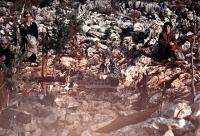 Medjugorje: preghiera sulla Collina delle Apparizioni (7) - Foto di Sardegna Terra di Pace - Tutti i diritti riservati