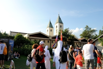 Medjugorje: pellegrini (10) – Foto di Sardegna Terra di Pace – Tutti i diritti riservati
