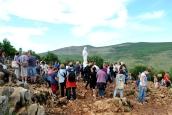 Medjugorje: pellegrini sardi sul Podbrdo – Foto di Sardegna Terra di Pace – Tutti i diritti riservati