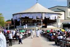 Medjugorje: termine della distribuzione dell'Eucaristia - Foto di Sardegna Terra di Pace - Tutti i diritti riservati