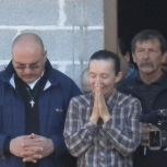 Medjugorje, 9 Aprile 2011: Vicka saluta dopo la testimonianza - Foto di Gospodine - Tutti i diritti riservati