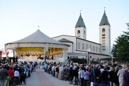 Medjugorje, Esaltazione della Croce 2014: Santa Messa presso l'Altare esterno – Foto di Sardegna Terra di Pace – Tutti i diritti riservati