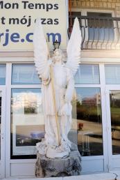 Medjugorje, Esaltazione della Croce 2014: Statua di San Michele Arcangelo – Foto di Sardegna Terra di Pace – Tutti i diritti riservati