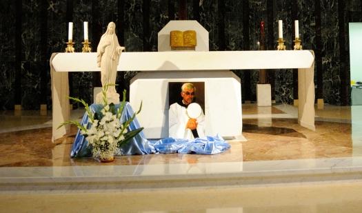Altare presso la Cappella maggiore del Seminario