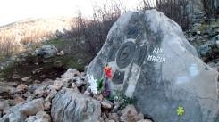Medjugorje: luogo della morte di padre Slavko Barbarić sul monte Križevac (2) – Foto di Sardegna Terra di Pace – Tutti i diritti riservati