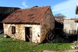 Medjugorje, Capodanno 2015: casa caratteristica del luogo (2) – Foto di Sardegna Terra di pace – Tutti i diritti riservati