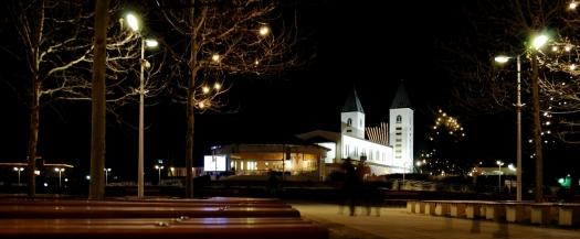 Medjugorje, Capodanno 2015: Chiesa di San Giacomo (10) – Foto di Sardegna Terra di pace – Tutti i diritti riservati