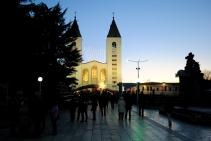 Medjugorje, Capodanno 2015: Chiesa di San Giacomo (15) – Foto di Sardegna Terra di pace – Tutti i diritti riservati