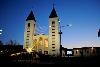Medjugorje, Capodanno 2015: Chiesa di San Giacomo (5) – Foto di Sardegna Terra di pace – Tutti i diritti riservati