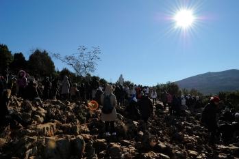 Medjugorje, Capodanno 2015: salita al Podbrdo (3) – Foto di Sardegna Terra di pace – Tutti i diritti riservati