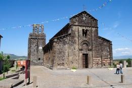 Basilica Nostra Signora del Regno: Veduta esterna della Chiesa (2) – Foto di Sardegna Terra di Pace – Tutti i diritti riservati