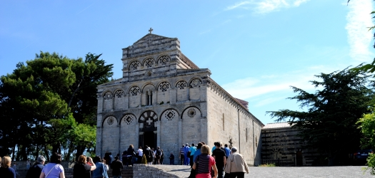 Basilica San Pietro di Sorres: Veduta esterna della Chiesa – Foto di Sardegna Terra di Pace – Tutti i diritti riservati