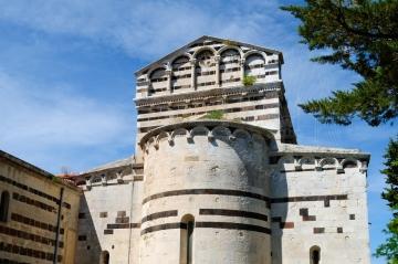 Basilica San Pietro di Sorres: Veduta esterna della Chiesa (4) – Foto di Sardegna Terra di Pace – Tutti i diritti riservati