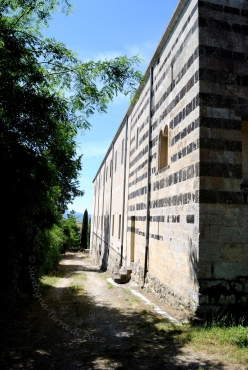 San Pietro di Sorres: Muro esterno del monastero – Foto di Sardegna Terra di Pace – Tutti i diritti riservati