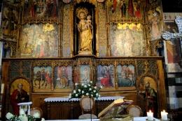 Basilica Nostra Signora del Regno: Particolare del retablo maggiore – Foto di Sardegna Terra di Pace – Tutti i diritti riservati
