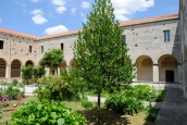 San Pietro di Sorres: Chiostro (3) – Foto di Sardegna Terra di Pace – Tutti i diritti riservati
