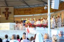 Medjugorje, Anniversario 2015: Jakov, Ivan e Marija recitano il Magnificat – Foto di Sardegna Terra di Pace – Tutti i diritti riservati