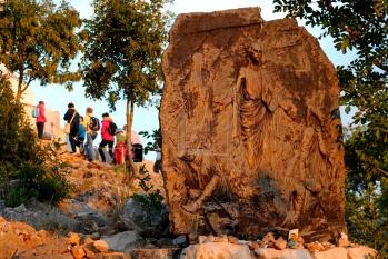 Medjugorje, Anniversario 2015: formella sulla Resurrezione – Foto di Sardegna Terra di Pace – Tutti i diritti riservati