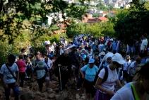 Medjugorje, Mladifest 2015: Salita alla collina apparizioni– Foto di Sardegna Terra di pace – Tutti i diritti riservati