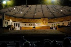 Medjugorje, B.V.M. Assunta 2015: Adorazione Eucaristica (4) – Foto di Sardegna Terra di pace – Tutti i diritti riservati