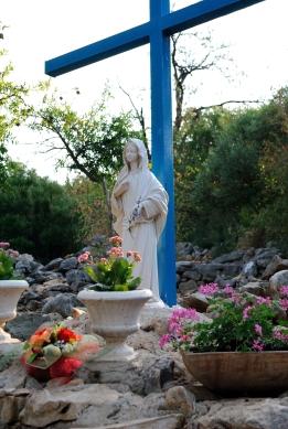 Medjugorje, B.V.M. Assunta 2015: Statua della Madonna – Foto di Sardegna Terra di pace – Tutti i diritti riservati