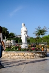 Medjugorje, Esaltazione della Croce 2015: Statua della Regina della pace (2) – Foto di Sardegna Terra di pace – Tutti i diritti riservati