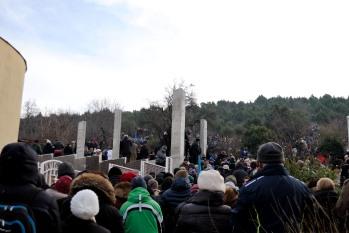 Medjugorje, Capodanno 2016: Alla Croce Blu per l'apparizione a Mirjana - Foto di Sardegna Terra di Pace – Tutti i diritti riservati