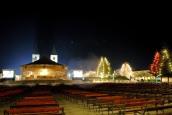 Medjugorje, Capodanno 2016: Altare Esterno (2) - Foto di Sardegna Terra di Pace – Tutti i diritti riservati