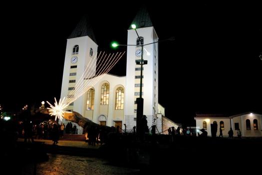 Medjugorje, Capodanno 2016: Chiesa di San Giacomo (4) - Foto di Sardegna Terra di Pace – Tutti i diritti riservati