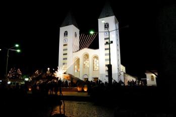 Medjugorje, Capodanno 2016: Chiesa di San Giacomo (8) - Foto di Sardegna Terra di Pace – Tutti i diritti riservati