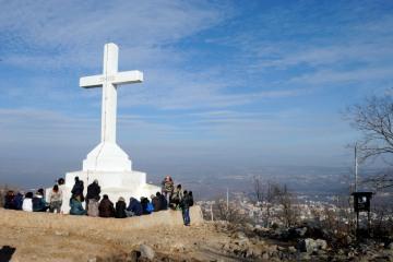 Medjugorje, Capodanno 2016: Croce sul Krizevac (3): Foto di Sardegna Terra di Pace – Tutti i diritti riservati
