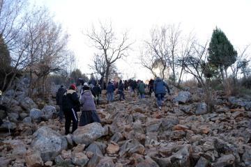 Medjugorje, Capodanno 2016: Salita al Podbrdo - Foto di Sardegna Terra di Pace – Tutti i diritti riservati
