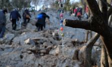 Medjugorje, Capodanno 2016: Rosario al Krizevac (2): Foto di Sardegna Terra di Pace – Tutti i diritti riservati